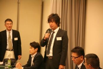 新会員の加藤氏のあいさつ