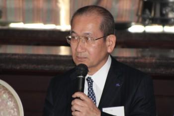 品質が高い製品を世界に提供したいと述べる髙木会長